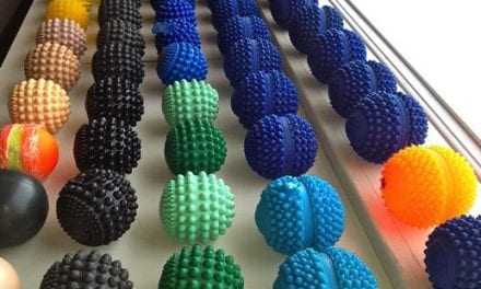 Heatable Massage Ball Designed to Relieve Pain