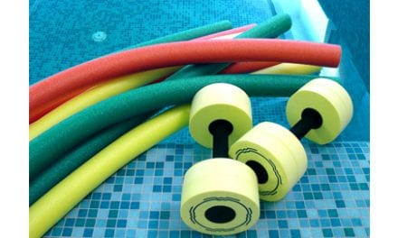 Aquatic Therapy's Low-Impact, High-Rep Exercises are Good for Postmenopausal Women Affected by Knee OA