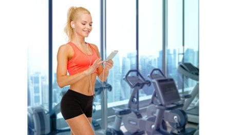 Don't Text or Chat While Exercising, Researcher Advises