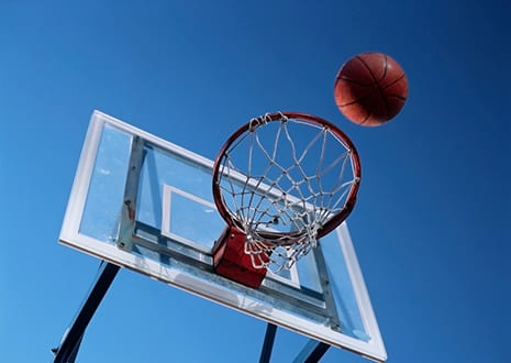 4 Tips Surgeons Offer to Prevent Basketball Injuries