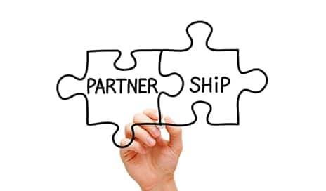 BridgeHealth Announces Partnership with Hinge Health