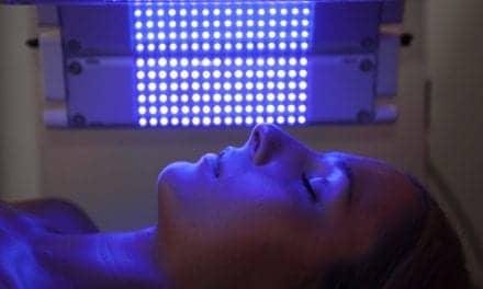 Study Touts Blue Light as mTBI Healing Aid